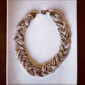 Jewelry - Chunky beaded necklace